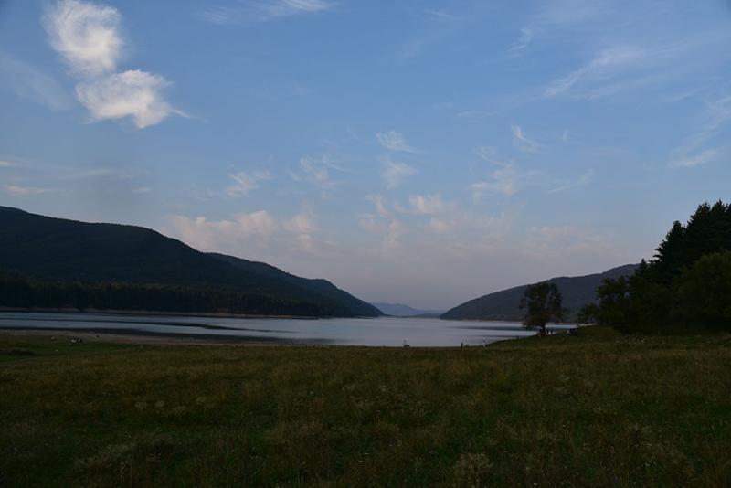 Camp Lacul Poiana Uzului
