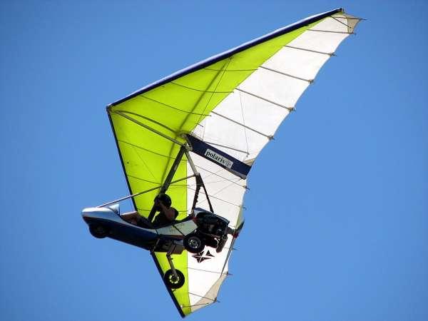 Hand-gliders
