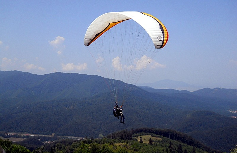 Hang-gliding in Cluj area