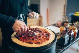 The huge pancake ''Razvanaria'' Cluj