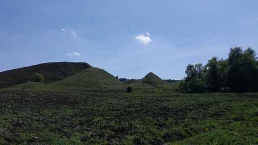The Pyramids of Hula Apoldului