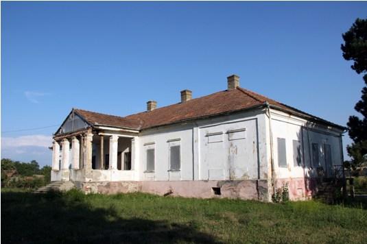 Apor Castle
